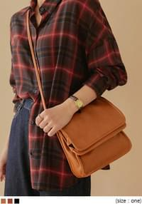 VINTAGE SQUARE LEATHER BAG