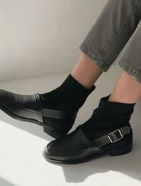 Strap buckle sox ankle boots