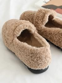 2 cm loafers