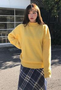 Maple round neck knit