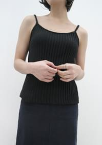 pleats knit sleeveless