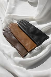 Real lambskin leather gloves