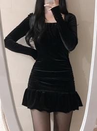 Shine Shirring Velvet Dress