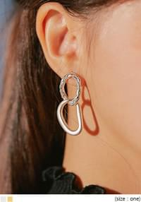 DIAS TWIN CIRCLE DROP EARRING