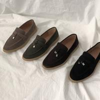 Grain suede loafers