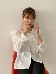 Trudy lace frill blouse_A