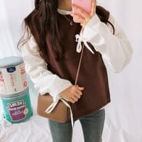 Leaf sleeve blouse