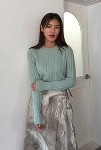 Round wool ribbed knit