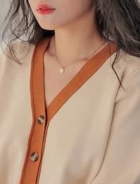 Hole two-lines necklace_H (size : one)