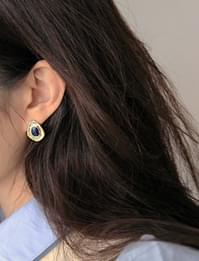 Gold navy vintage earring_J (size : one)