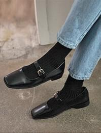 Belted square toe shoes_H
