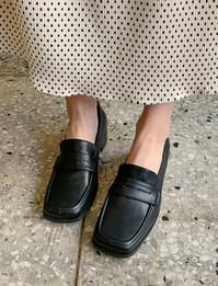 Broad square toe loafer_C (size : 225,230,235,240,245,250)