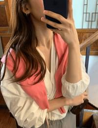 Feminine string blouse