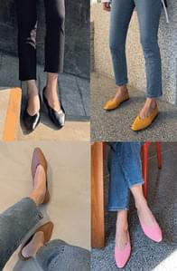 《Planned Product》Simple pointed flat shoes