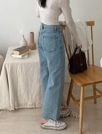 Cut denim pants