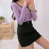 528 hem cut mini skirt