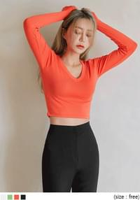 COBIA SLIM V NECK CROP T
