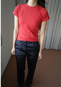 slim tension T-shirt