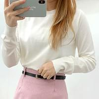 Carry Round Neck Knit