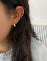 Daily hoop silver earring_A