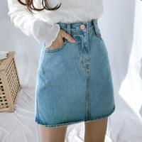 228 A-line washed denim skirt