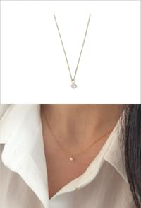 Small Freshwater Pearl Pendant Necklace 項鍊