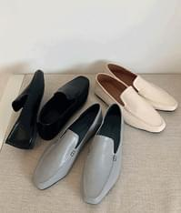 ESSAYLeatherette Square Toe Loafers
