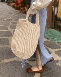 Dongle Knit Shoulder Bag