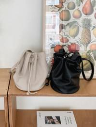3-color basic bucket bag