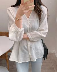 Pure spring shirring blouse