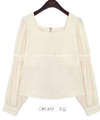 GLIAN SHIRRING SQUARE NECK BLOUSE