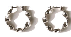 LENISION TWIST RING EARRING