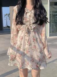 ♥ Ellui flower shirring dress