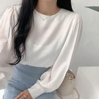 Ally puff blouse