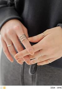 SEN LAYERED RING 5 SET