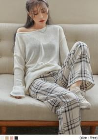 MORNI BOAT NECK LOOSE FIT KNIT