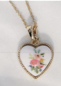 Vintage heart necklace 項鍊