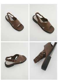 X-strap banding sandals