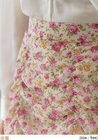 ROSIE FLOWER SHIRRING MINI SKIRT