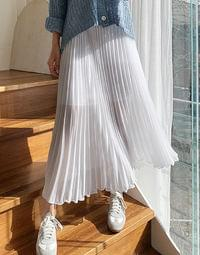 Sophie pleated skirt