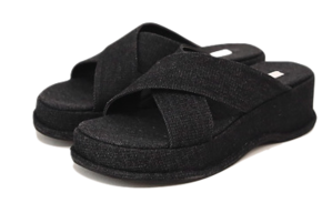 CROSS STRAP PLATFORM SLIPPER