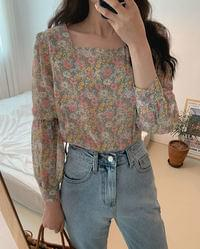 #Any place Spring Flower Square Neck Blouse