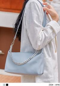 ALEC CHAIN SHOULDER BAG