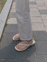 Late strap sandals