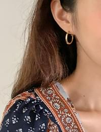 Simple Bold Ring Earrings