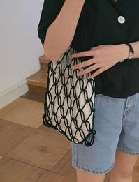 Net shoulder bag