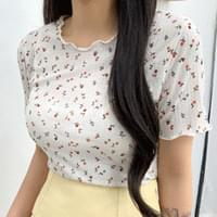 Flower Wave Crop Short Sleeve Tee