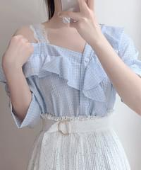 Castle check shoulder blouse