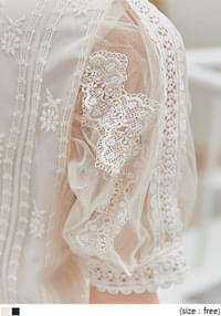 ROSETTI LACE 1/2 BLOUSE