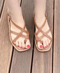 Tail strap sandals